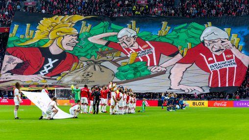 Ajax: 'Spreekt voor zich dat wij daarover met hen in gesprek gaan'