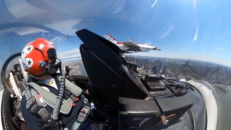 Straaljagerporno: De Blue Angels en Thunderbirds vliegen samen over New York