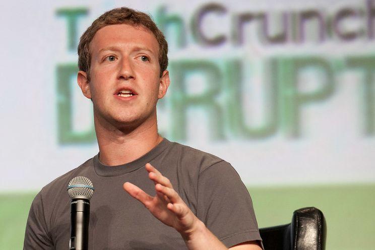 Apple over Facebook: verzamelt zoveel mogelijk data en negeert privacy