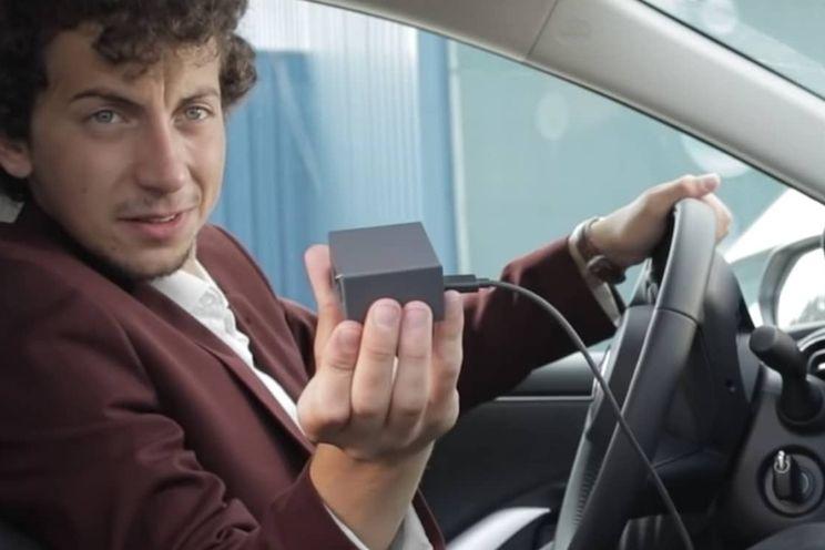 Dankzij deze gadget gebruik je Android Auto gewoon draadloos