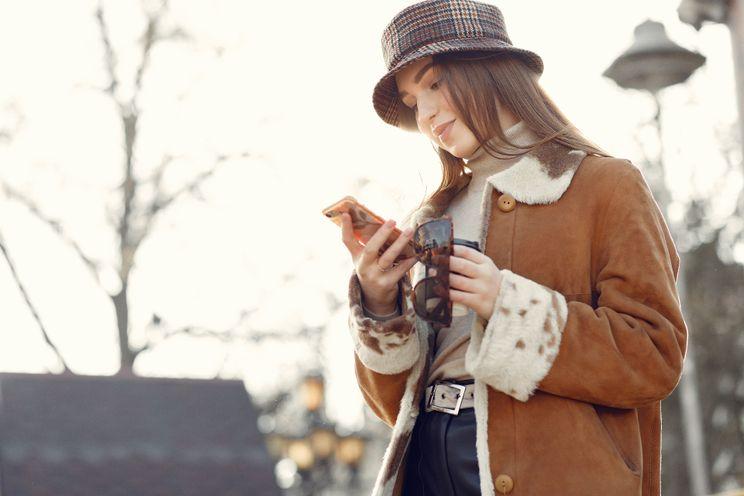 Google waarschuwt nu als je loopt met je telefoon in de hand