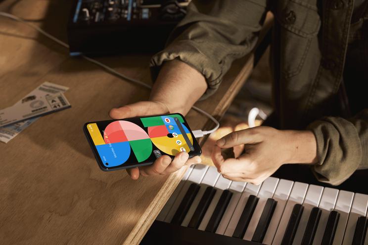 De Pixel 5a is de laatste Google-telefoon met oplader in de doos