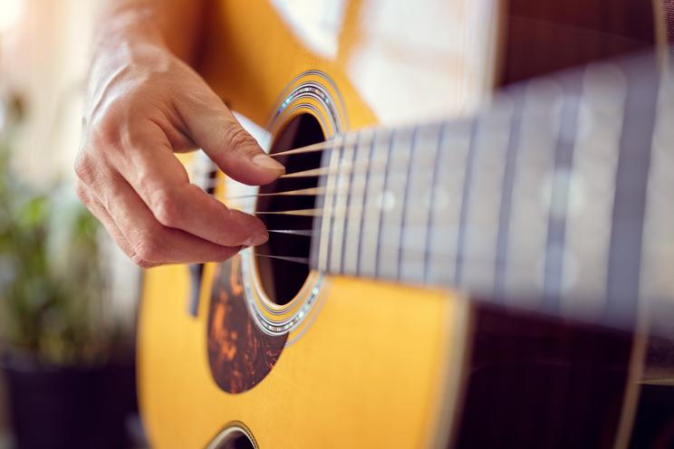 Google kan nu je gitaar stemmen: zo werkt het