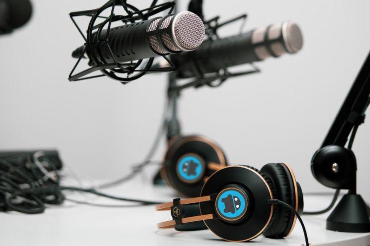 AW Poll: jullie luisteren het liefst naar (onze) audiopodcasts