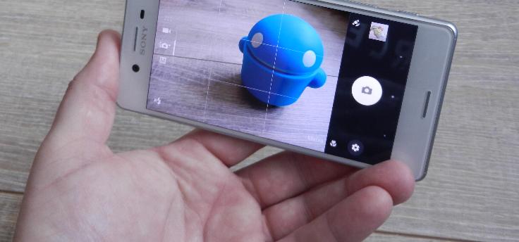Video toont prototype nieuwe Sony Xperia XA-smartphone