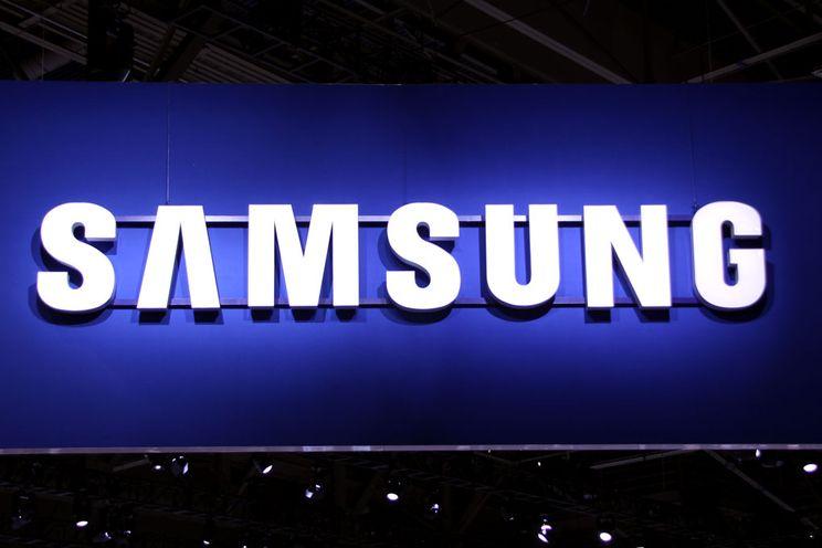 Metalen Samsung Galaxy A3 en A5 officieel: social media en selfies centraal