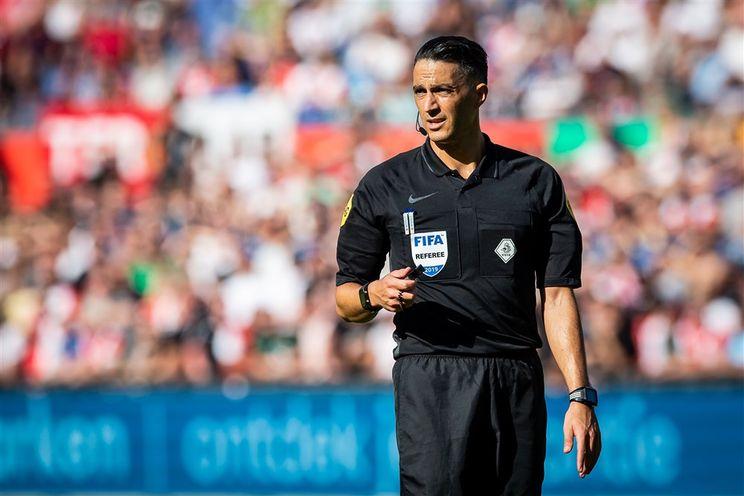Gözübüyük scheidsrechter bij Vitesse - Feyenoord
