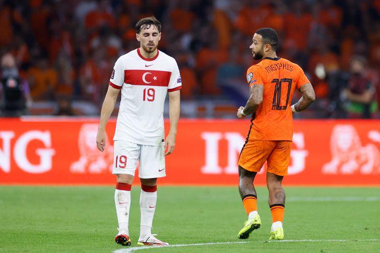 Aursnes, Pedersen en Kökcü winnen interlands