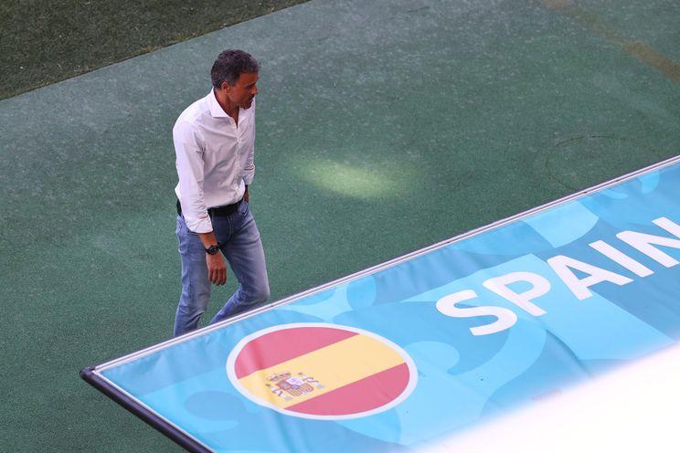 Spanje en Italië favorieten om als eerste halve finale te bereiken